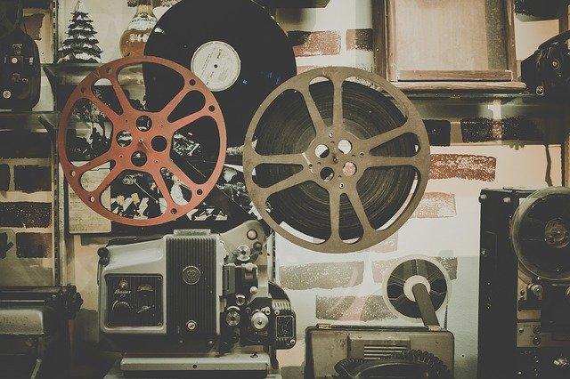 movie-918655_640